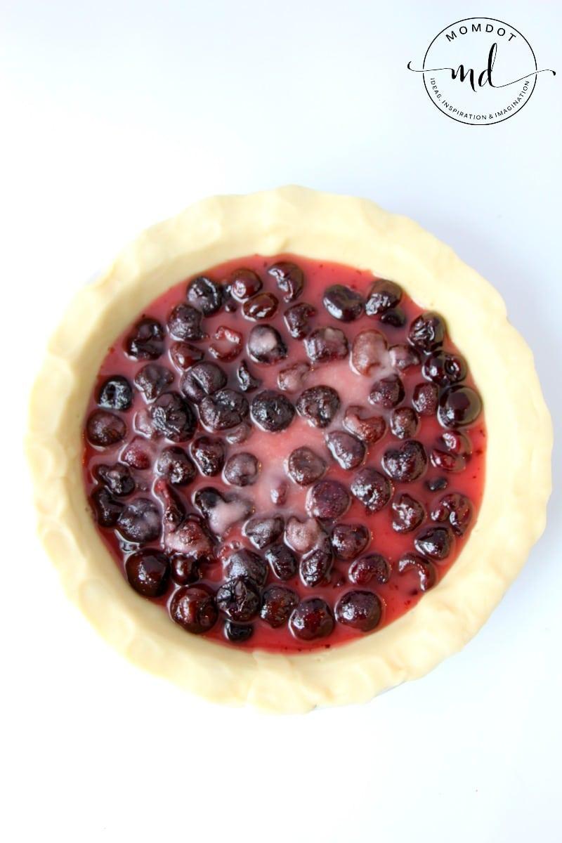 Easy Classic Cherry Pie Recipe