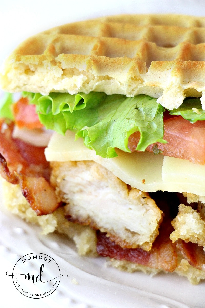 Chicken and Waffles, the easiest and tastiest sandwich you will make all week, see how we make chicken and waffles recipe