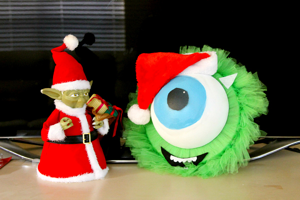 Mike Wazowski Holiday Wreath Tutorial DIY Monsters U Fans!