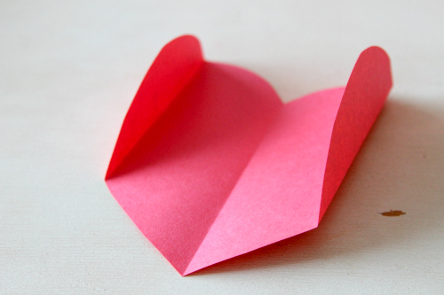 How to make an envelope from a heart, perfect for homemade valentines