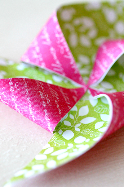 """DIY Pencil Topper Pinwheels, add a """"You Blow me Away"""" note and it becomes a great no candy valentine handout!"""
