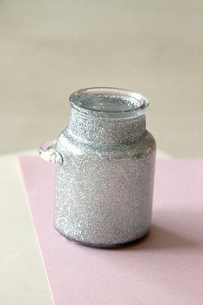 DIY Sparkly Jar with Modge Podge, 2 step process