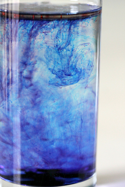 Kids Activity and Tutorial: Streaming Food coloring in oil and water