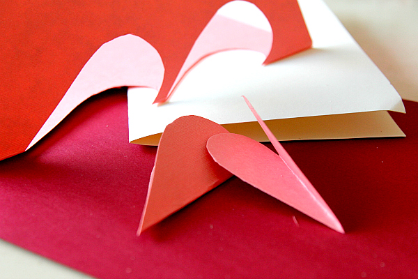 DIY paper hearts for Valentines day flower card