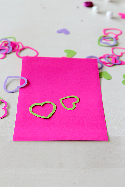 How to create a DIY Pill Box for Valentines day and other goodies, Crafting Blog MomDot.com