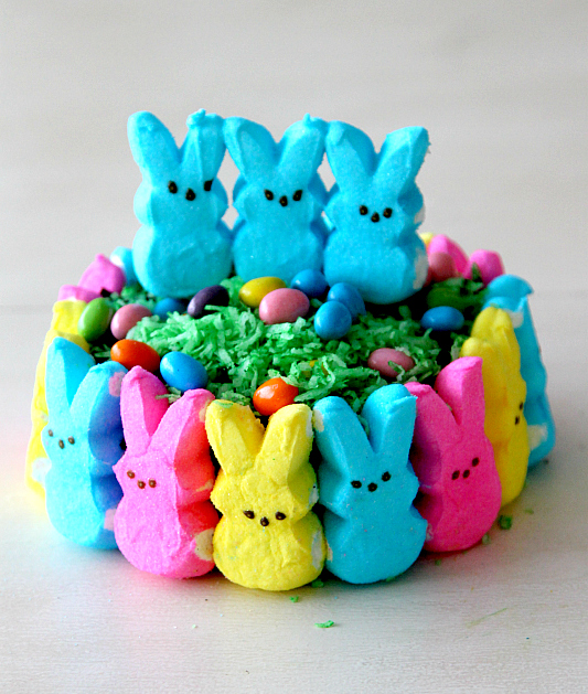 Peeps Easter Cake, #peepstreats from www.momdot.com