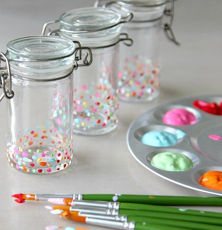 DIY Spice Jars: Update your Kitchen with Cute!