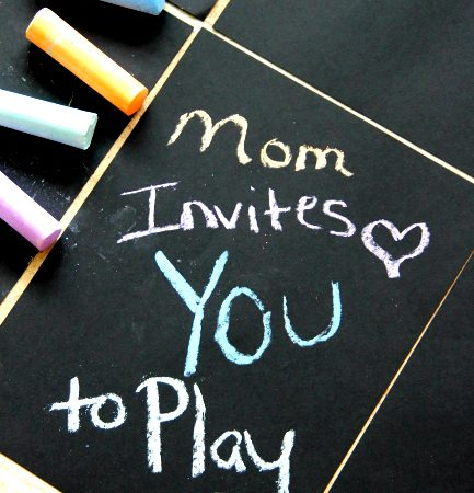 Create an Indoor Sidewalk to Chalk on, easy for kids of all ages and hours of fun! more at www.momdot.com