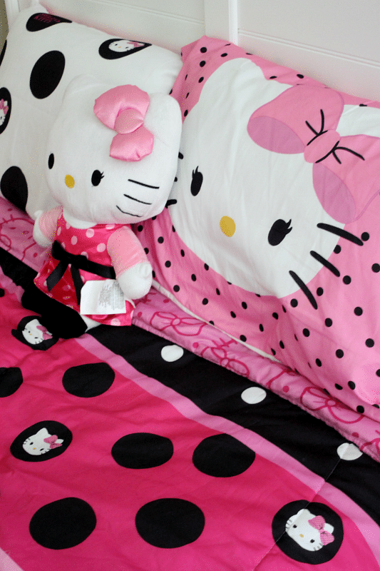 Hello Kitty Room Makeover