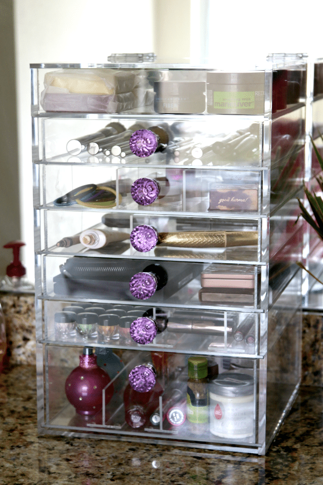 Cutie Cube Makeup organizer , see the best way to stay organized with before and after photos