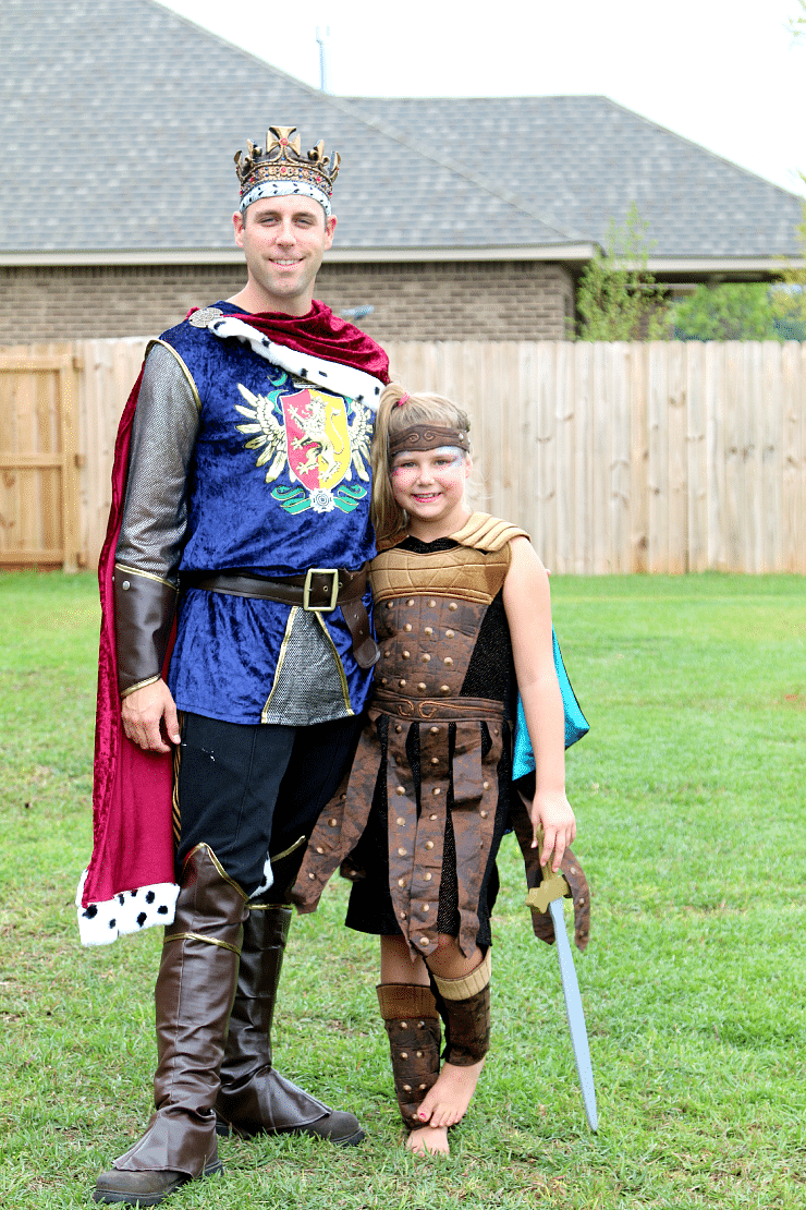 Family Halloween Costume Ideas, 2014 from Chasing Fireflies