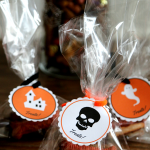 Free Halloween Printable: Doggie Bag Tags