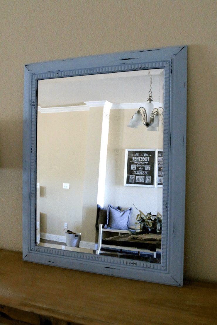 Chalk Paint Furniture: Shabby Chic Mirror Makeover
