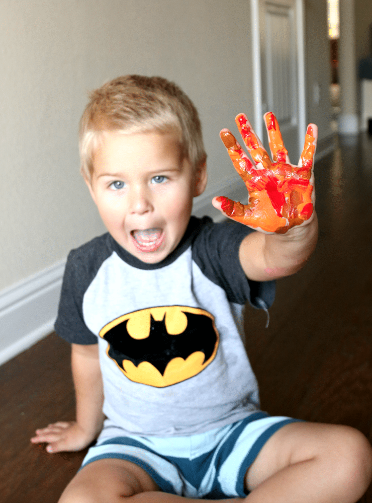 Thanksgiving Color Hand Print Craft celebrating fall, plus free printable