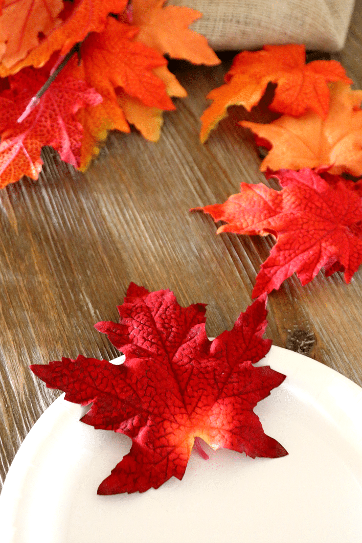Leaf Turkey Place Setting DIY, Craft up an adorable way for Thanksgiving Seating