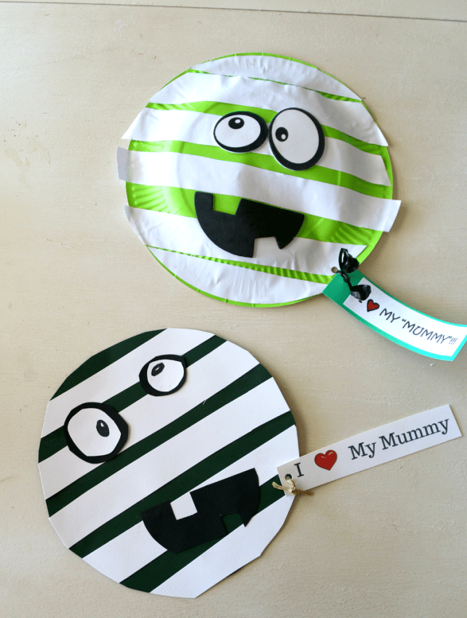 Mummy Craft, Perfect for halloween, Paper crafting or use a paper plate! Plus free I love my mummy PDF printable