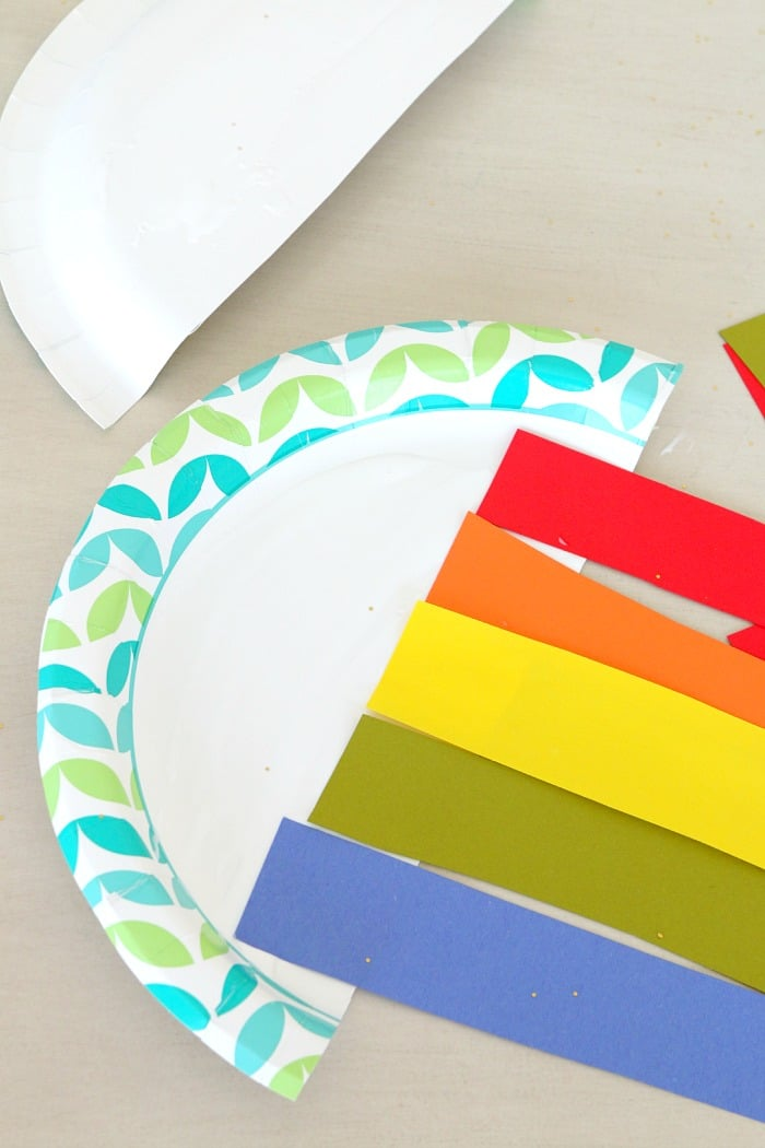Paper plate Sun and Rainbow craft, fun for kids of all ages