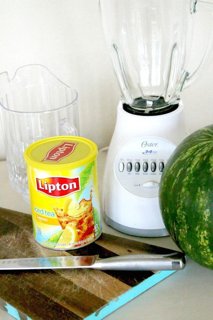 Watermelon Aqua Fresca Recipe, perfect for backyard picnics and BBQs, huge FRESH hit with the kids too