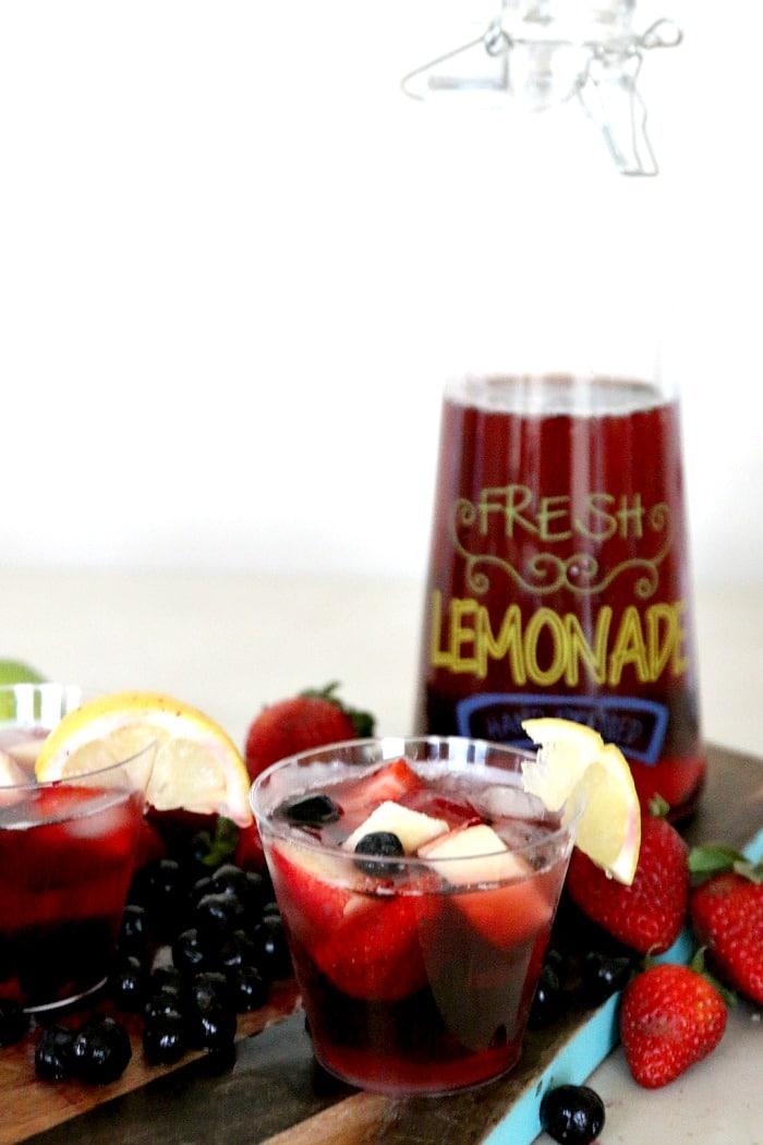 Lemonade Berry Juice (with tea!) recipe: Patriotic Punch