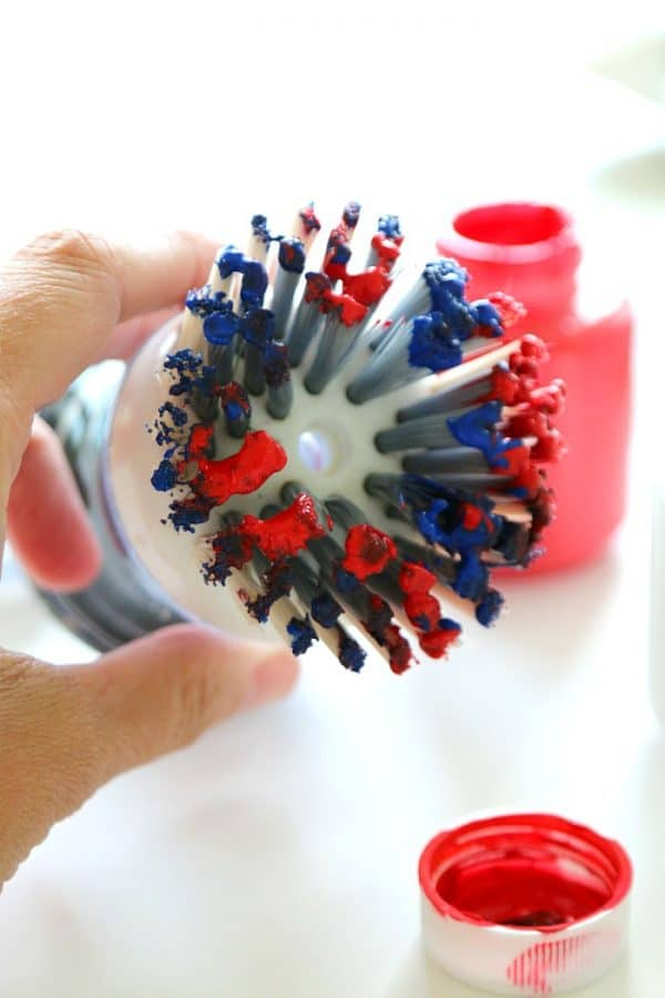 4th of July Kids Fireworks Art Craft Using a Dish Brush