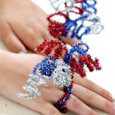 Exploding (Pipe Cleaner) Firework Ring