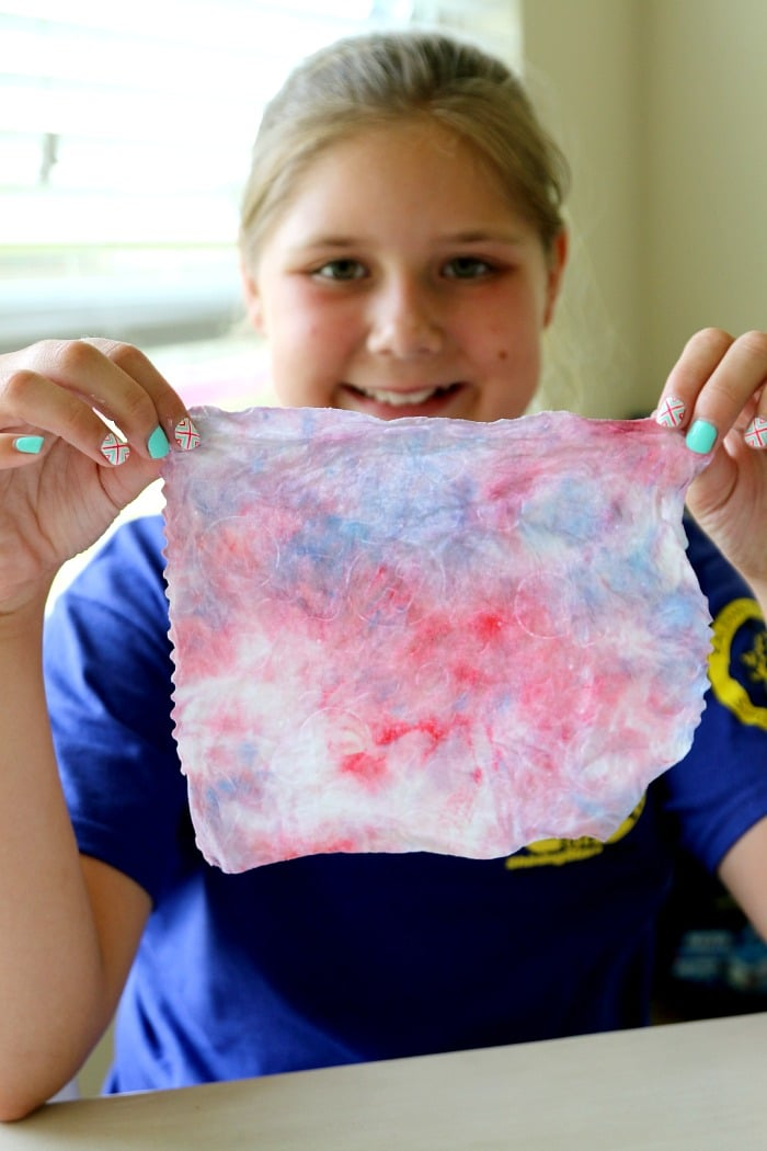 Flag Handprint with Free Flag Printable , plus easy clean up!