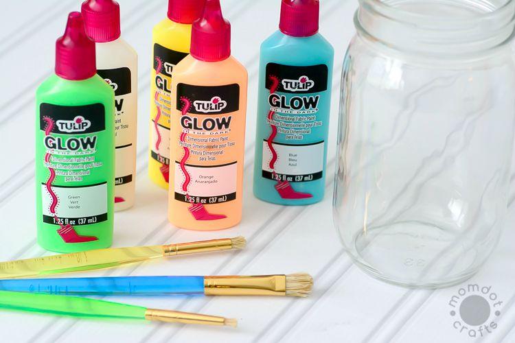 Create a Galaxy in a jar Glowing for Kids, great fun craft