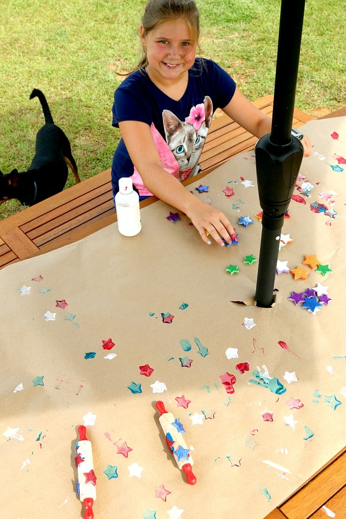 July 4th Stamping with Roller Pins, Kids Crafting Fun