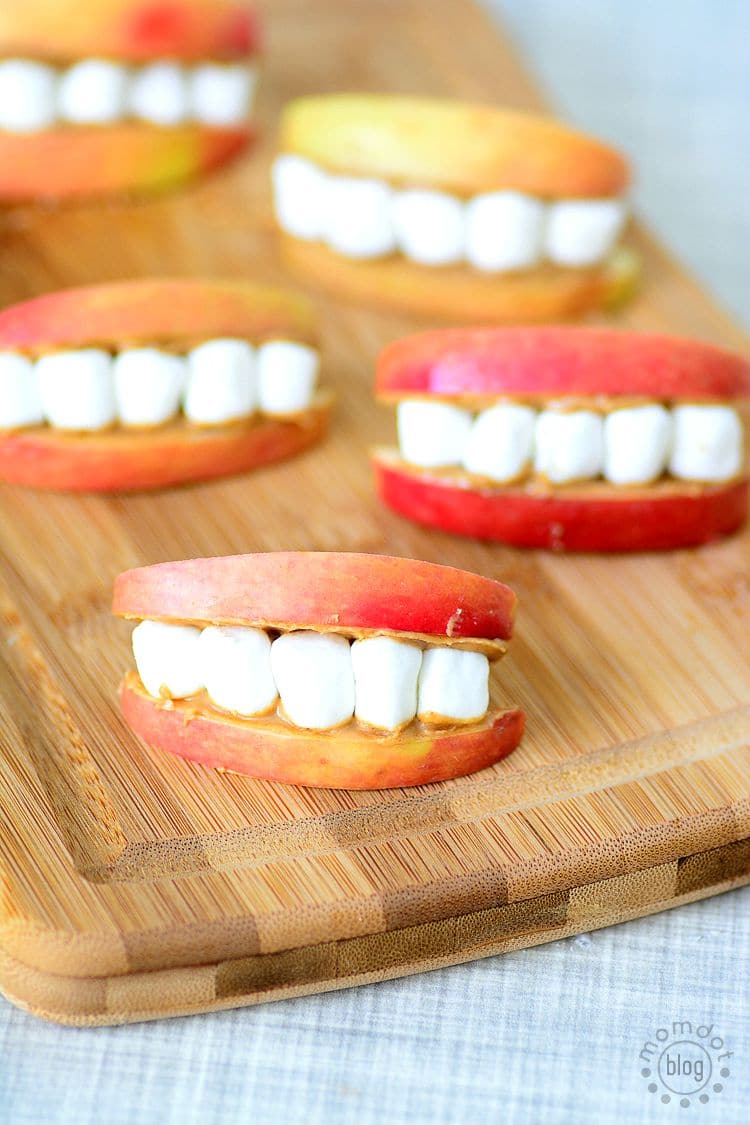 Apple Smiles, Looking for an easy and fun after school snack? Check out this go to recipe for kids