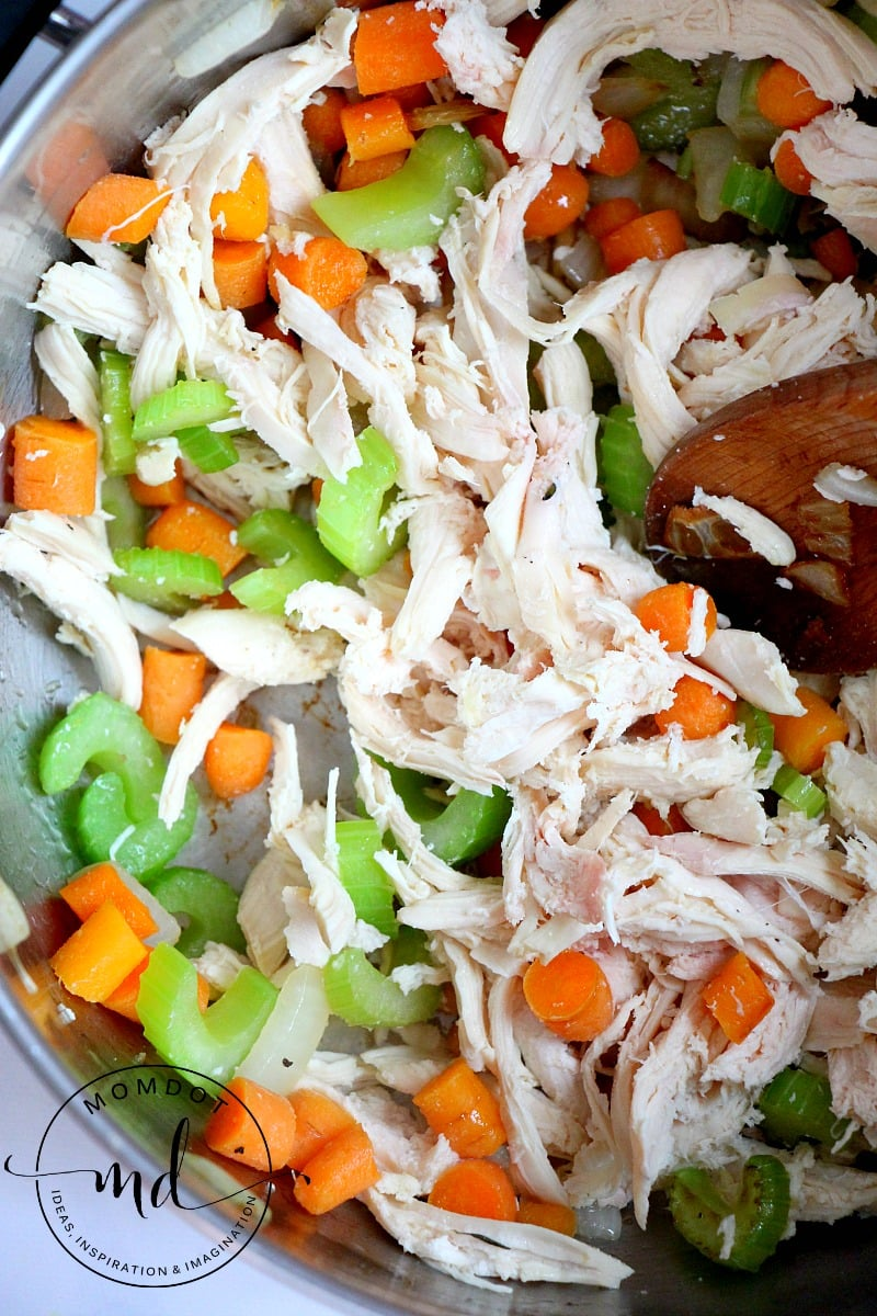 Easy homemade chicken noodle soup recipe easy homemade chicken soup recipe done in under 30 minutes a quick rainy day forumfinder Image collections