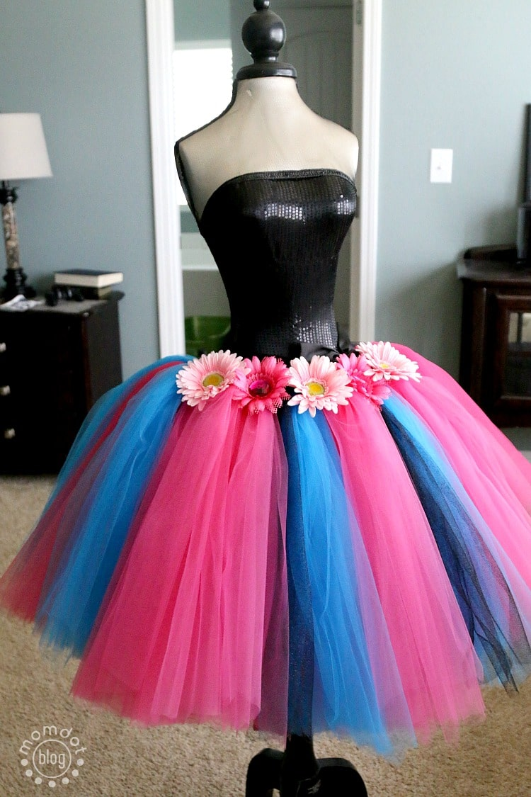 How to make a no sew tutu very full and beautiful, perfect for Dress up and Halloween | How to make a Tutu