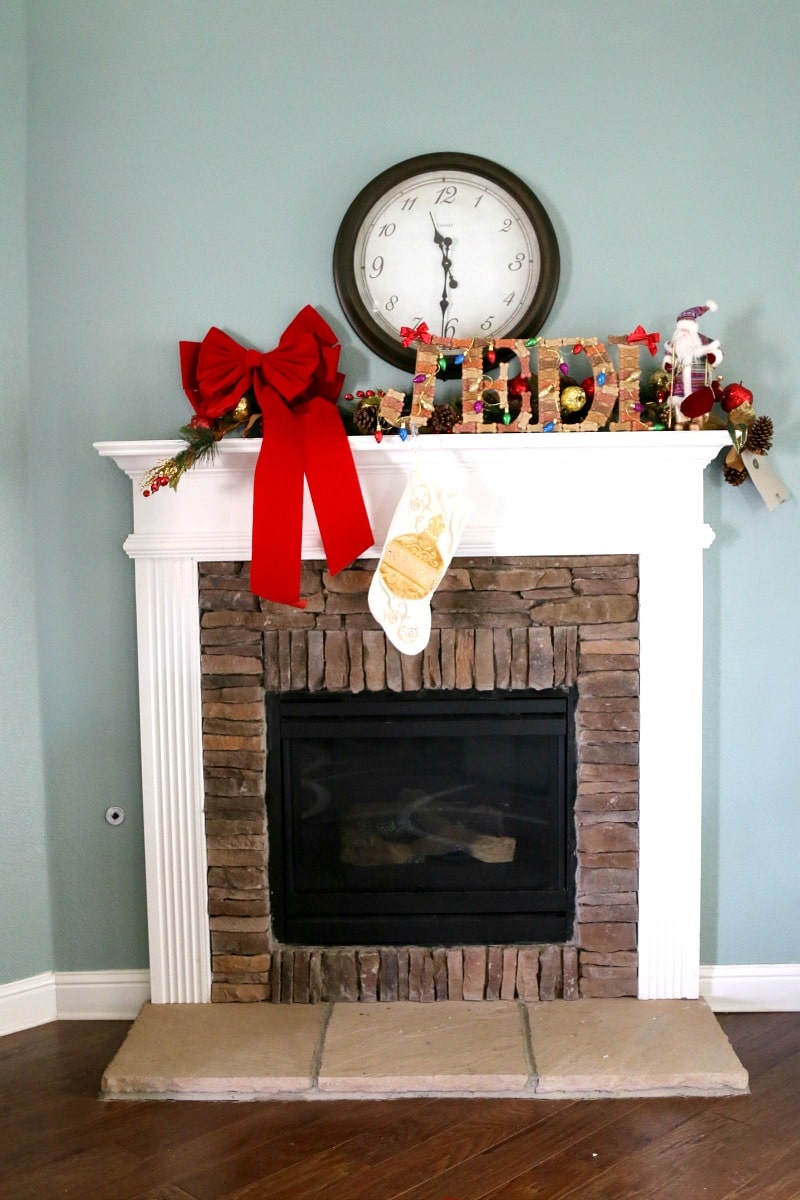 Create a stocking holder for your pet that is striking, easy, and makes you look like a crafting boss
