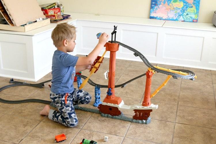 Thomas & Friends™ TrackMaster™ Shipwreck Rails Set