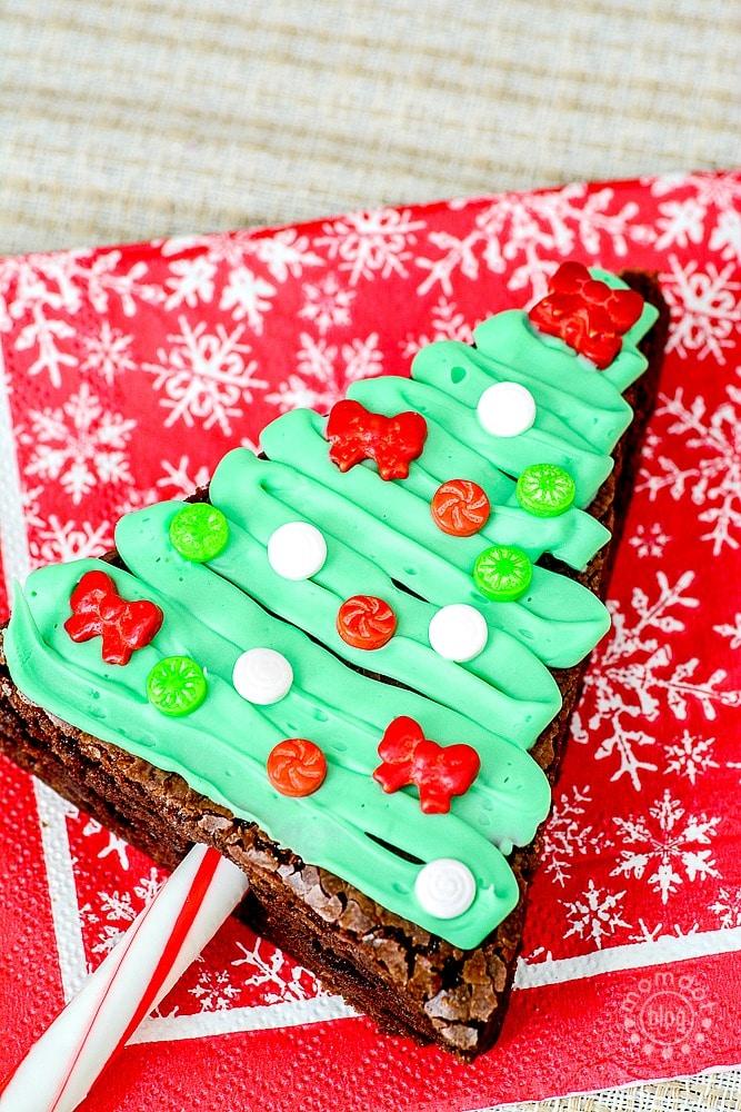 Christmas Tree Brownies: Baking up Holiday Fun - photo#40