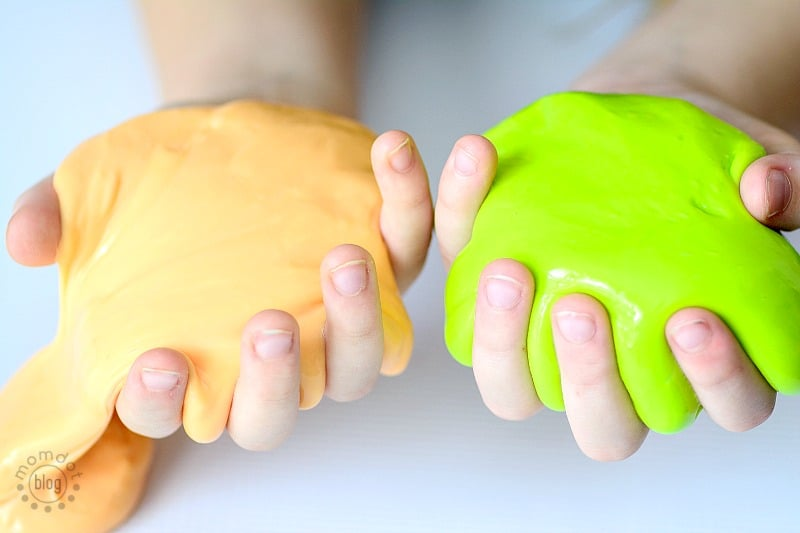 How to make Glow in the Dark Slime, This Homemade Glow in the dark Slime Recipe is an easy way to create glow in the dark slime for daytime or night time