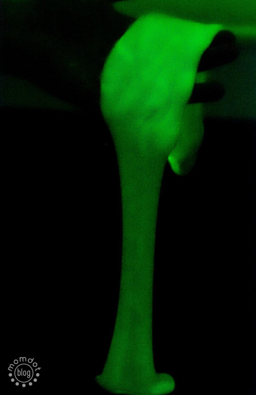 Glow in the Dark Slime Recipe - MomDot  Glow