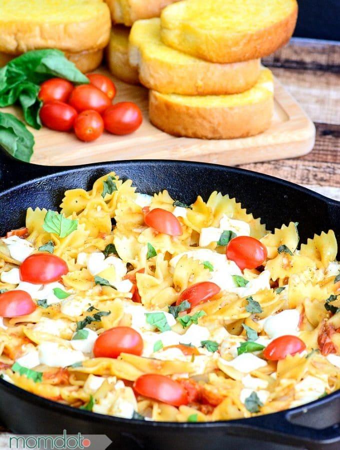 One Pan Caprese pasta (No Draining!) Recipe