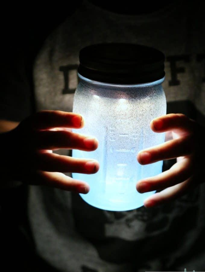 Mason Jar Night Light DIY