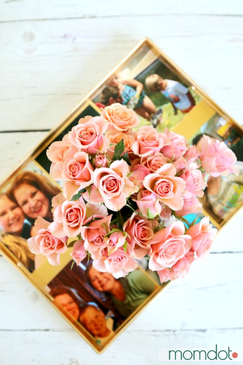 How to Sea glass a Mason Jar, Marbelize a mason jar, and then turn it into the most beautiful vase you own (all from a regular glass one!) 5 minute DIY that will BLOW YOUR MIND. Plus bonus tutorial on how to make mom a photo serving tray