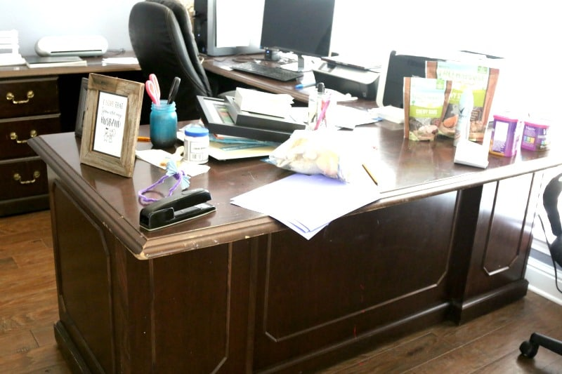 Perfect Chalkboard desk top and refinishing desk office makeover DIY