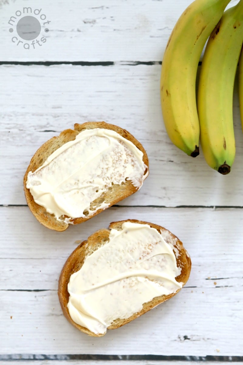 Bananas and Mayo : Strange ways people eat sandwiches that are actually Delicious - get the recipe here
