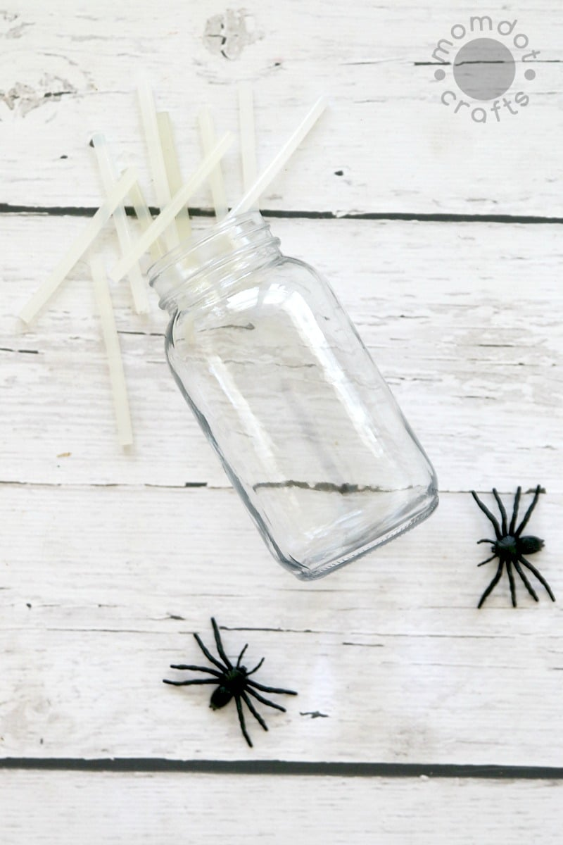 Halloween Mason Jar Craft DIY Idea: Spooky Mason Jar decor done in 5 minutes or less, Creepy Spider web mason jars