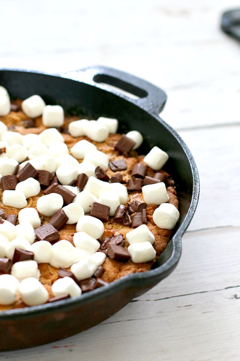Giant Skillet Chocolate Chunk & Marshmallow Cookie Recipe