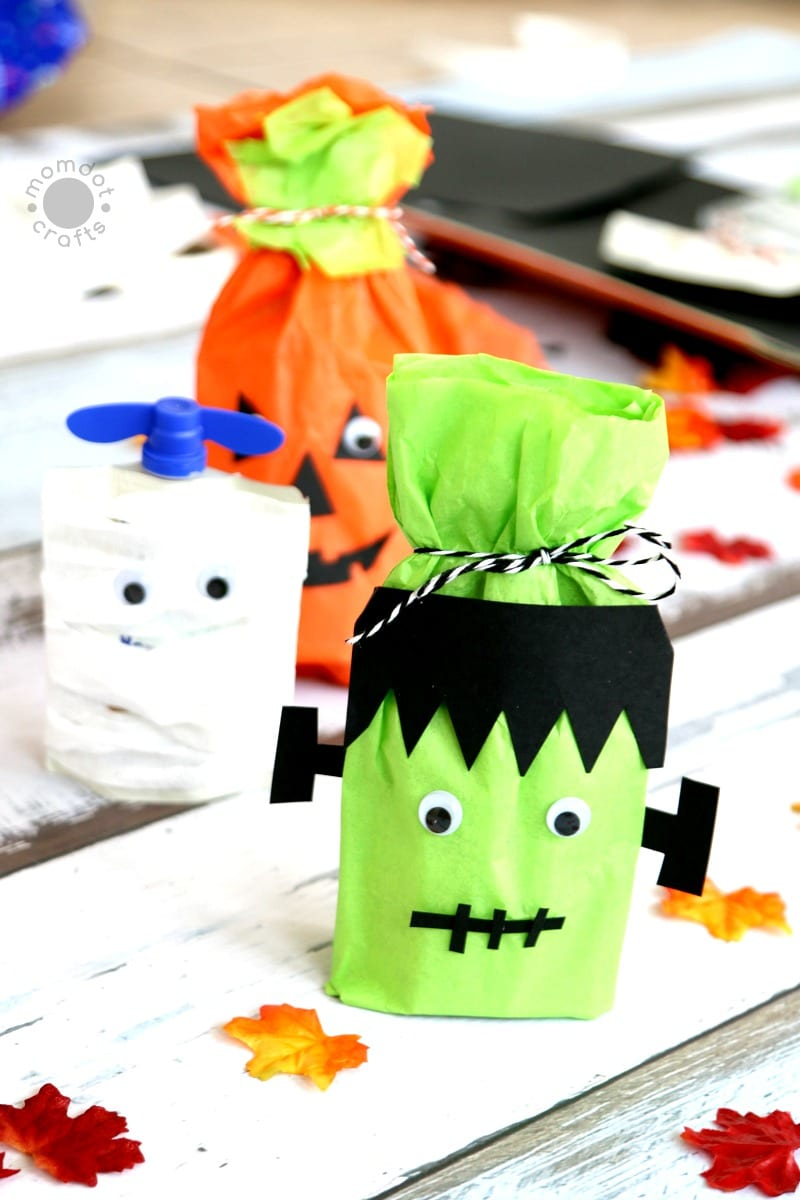 No Candy Halloween Treat Ideas: Create Frankenstein, Pumpkin and Mummy with this No candy and Healthy Halloween Alternative while passing out candy- great classroom treat as well