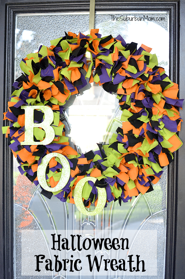 Halloween Fabric Wreath DIY - adorable and fun crafting project for halloween