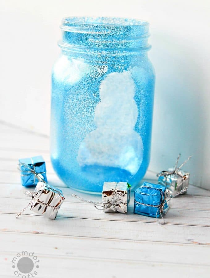 Snowman Mason Jar Crafts | Christmas Mason Jar Idea