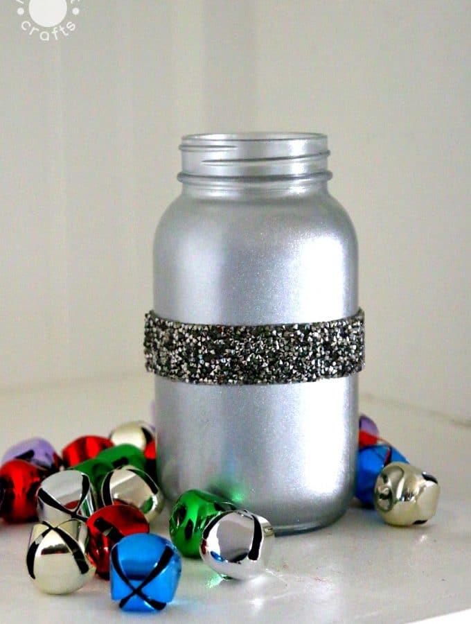 Metallic Shimmer Mason Jar DIY Glitter Decor