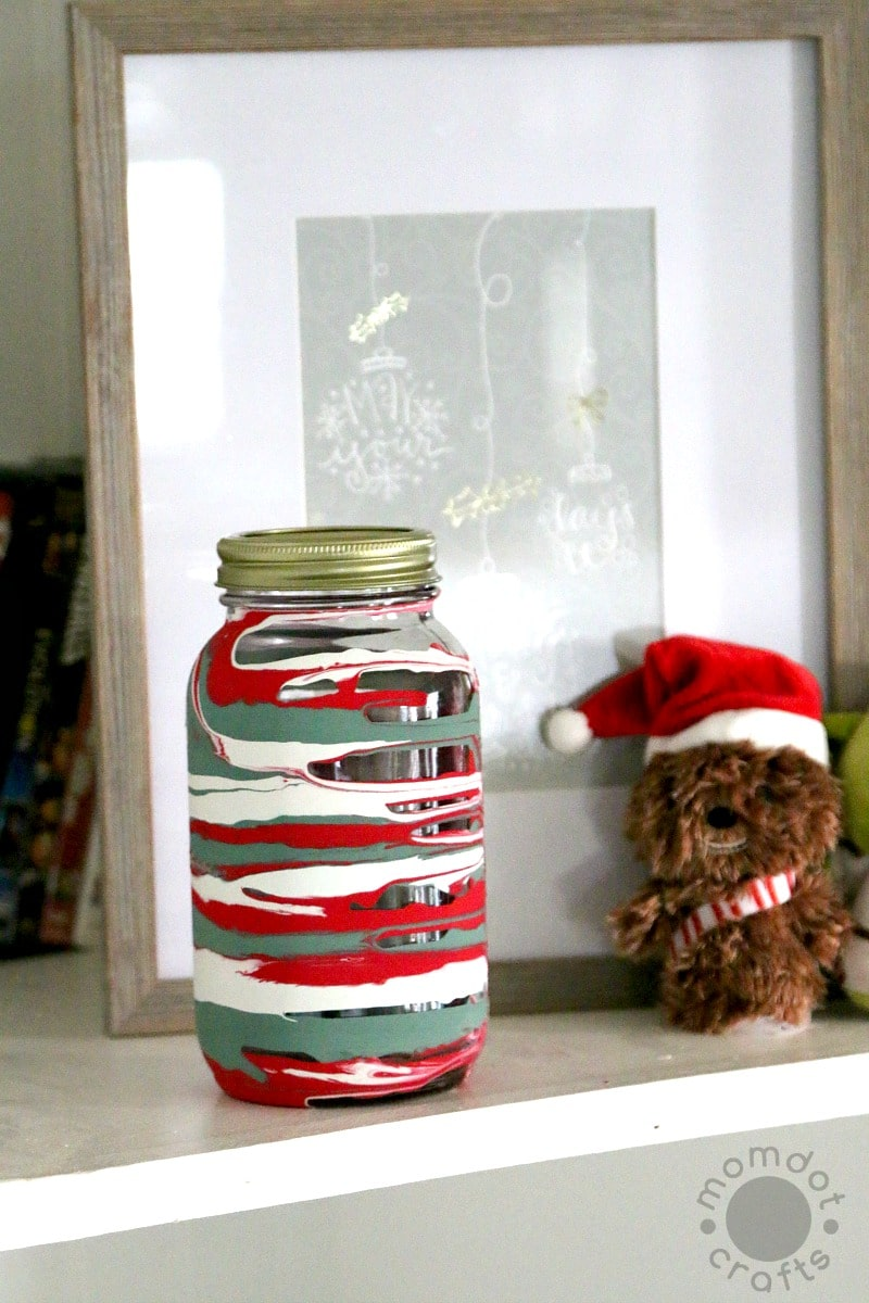 Drip Painting Mason Jars for Christmas Decorations, DIY