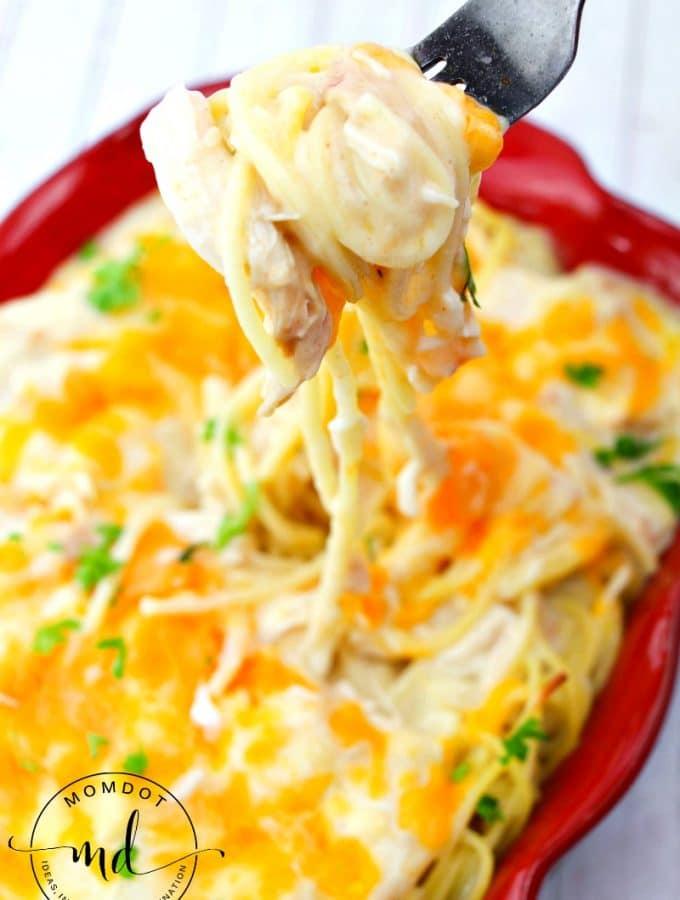 Chicken Spaghetti Casserole Easy and Cheesy