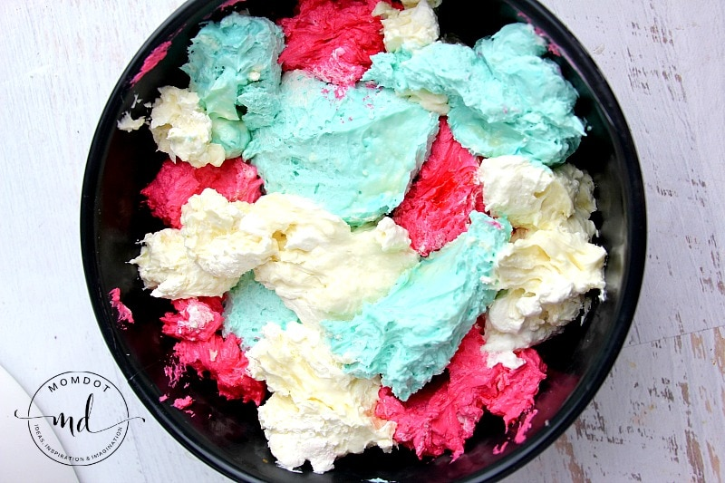 No Bake Patriotic Cheesecake Recipe: Red, White and Blue Cheesecake , gorgeous!